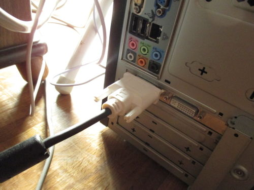 中古(ジャンク)PC モニター再接続1